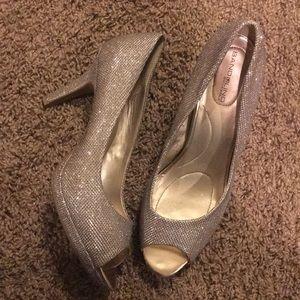 Bandolino peep toe heels 10.5 prom